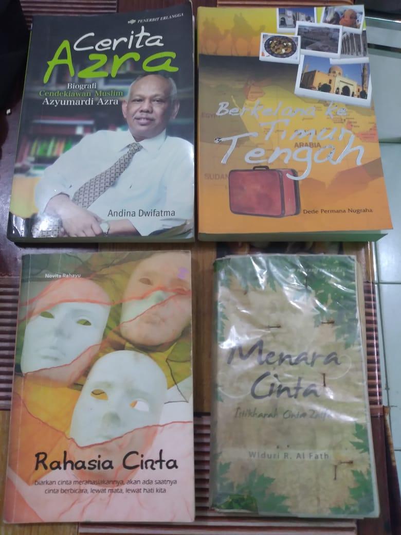 Buku Fiksi yang tersedia di perpustakaan SMP Negeri 12 Binaji